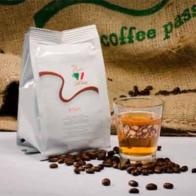 Бесплатное кофе в капсулах Caffe Riccardi.