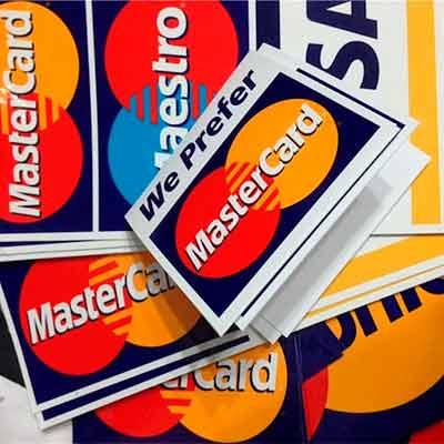 Бесплатные наклейки от MasterCard
