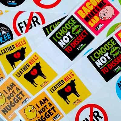 Бесплатные значки и наклейки от PETAKids