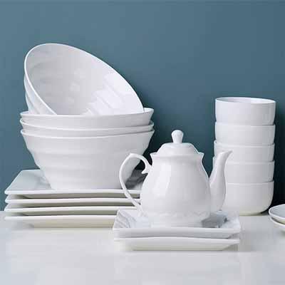 Бесплатный набор посуды