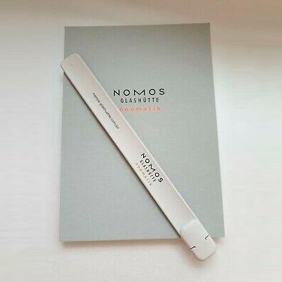 Бесплатный блокнот и каталог часов NOMOS
